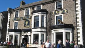 One of the many fine real ale inns around Leyburn's Market Place