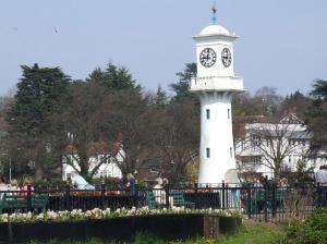 Cardiff Roath Park and LIghthouse