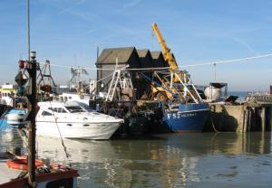Stay in a luxury Whitstable cottage close to the harbour and best seafood dining!