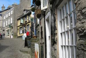 Kendal's beautiful cobbled streets - Branthwaite Brow