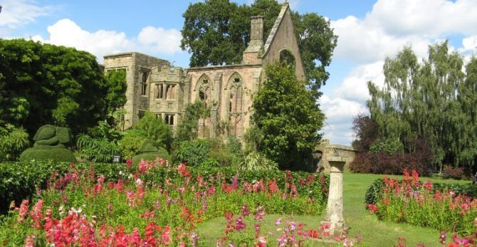 Great Gardens in Sussex - Nymans