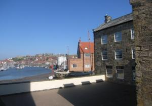 Dog friendly apartments on Whitby's beautiful Quayside