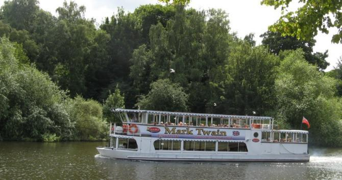 Chester Boat Trips on the River Dee