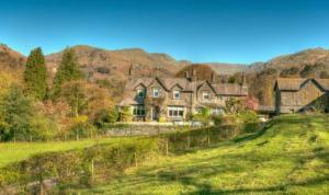 Country House B&Bs on the outskirts of Ambleside, set within extensive private grounds