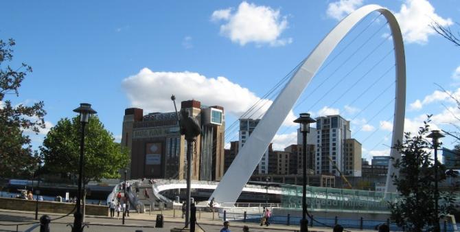 BALTIC & Gateshead Millennium Bridge