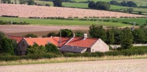 Stay in a welcoming farm B&B or cottage - Spylaw Farm at Chatton