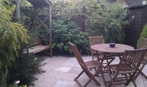 New Forest Dog Friendly Cottages with enclosed gardens