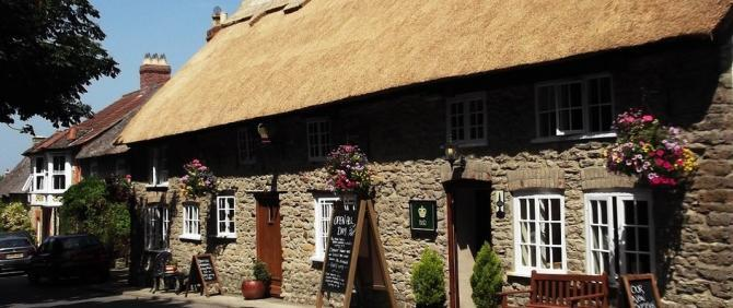Thatched traditional inns at Puncknowle near Bridport