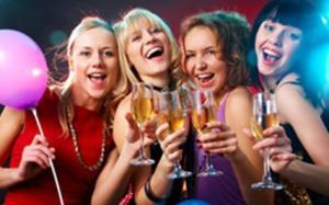 Party hotels, apartments & group accommodation ideal for Stay & Hen parties