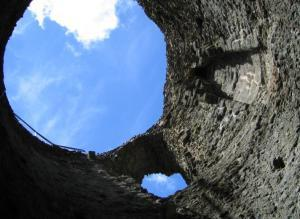 Inside the earlier Norman shell keep of Launceston Castle. A 13th century round tower surrounds the earlier shell-keep