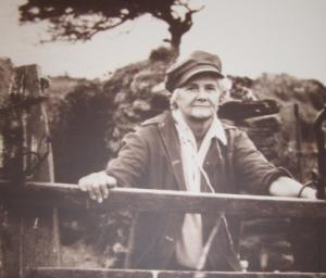 Daphne du Maurier on one of her many walks around Fowey