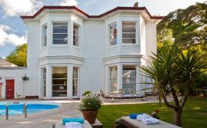 Luxury boutique villa hotels in Torquay