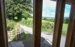 Pet friendly cottages on the edge of Dartmoor with walks from your door