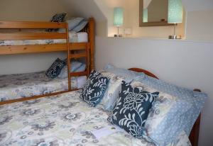 B&Bs with family rooms in Devon