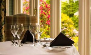 Accessible rooms & 2AA Rosette restaurant at Lindeth Howe