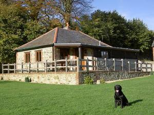 The Wagon House Cottage, Bookham Court