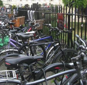 Hire a bike & explore Cambridge on two wheels!