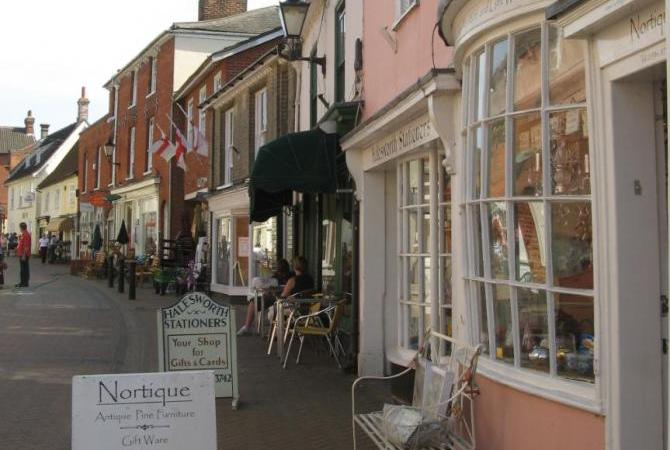 Antique and Craft Shops in Halesworth Centre