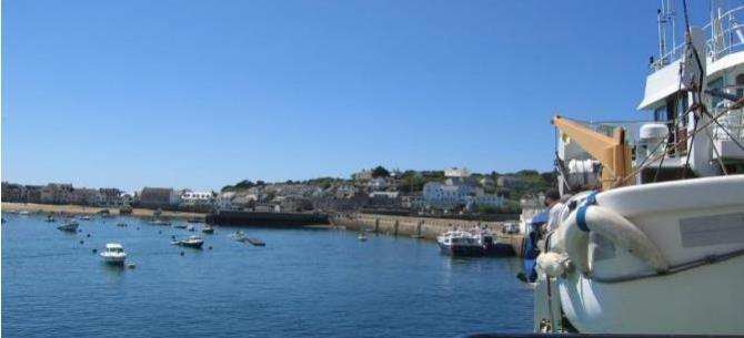 Boat trips from Penzance to Hugh Town, St Mary's