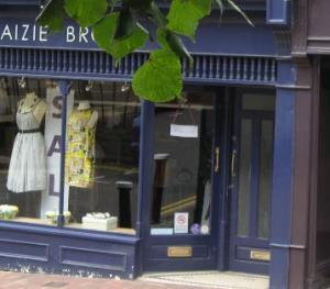 Chic boutiques in the town centre
