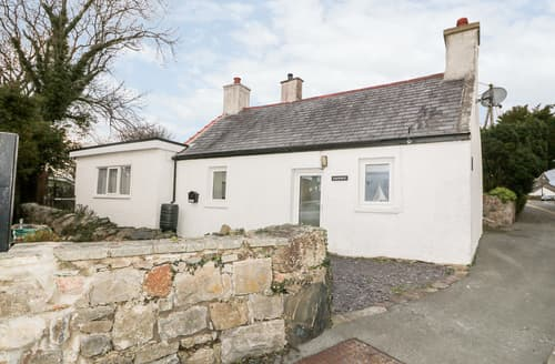Last Minute Cottages - Camwy
