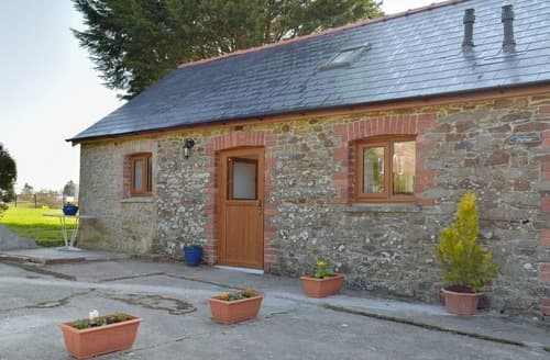 Last Minute Cottages - Hen Llaeth - UK11209