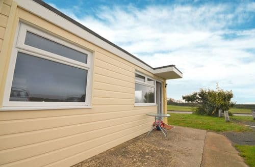 Last Minute Cottages - 36 Sandown Bay Holiday Park, Sandown