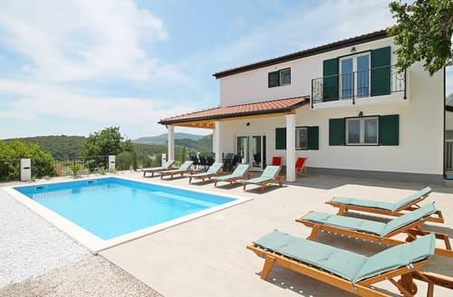 Last Minute Cottages - Villa Emils