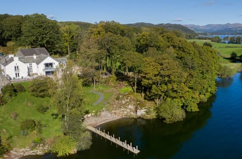 Last Minute Cottages - Holmewell House