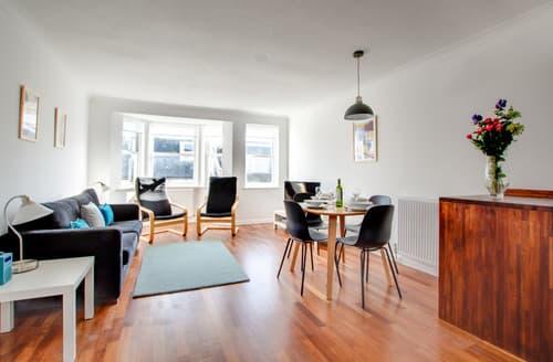 Last Minute Cottages - Burlington Apartment