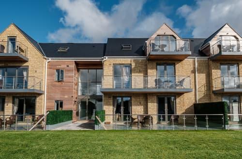 Last Minute Cottages - Cotswold Club Apartment Hazel 2