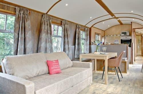 Last Minute Cottages - Brunel Boutique Railway Carriage 1