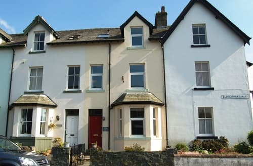 Last Minute Cottages - York House