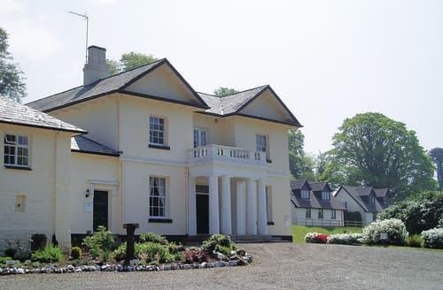 Last Minute Cottages - Rosecraddoc Manor - Natalie Jane