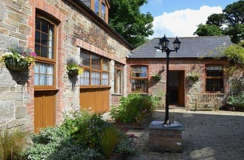 Last Minute Cottages - Coach House - E5266