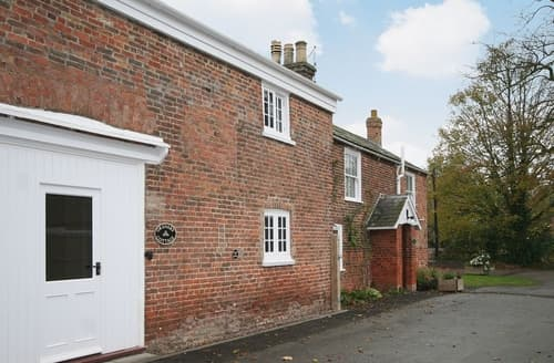 Last Minute Cottages - Granary Cottage - E5626