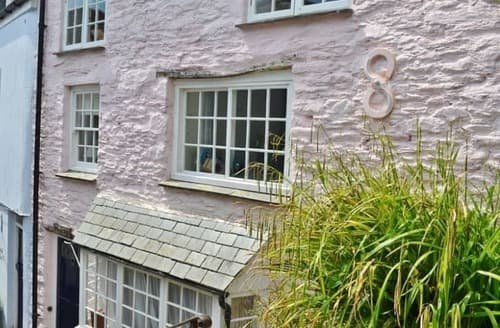 Last Minute Cottages - Little in Sight