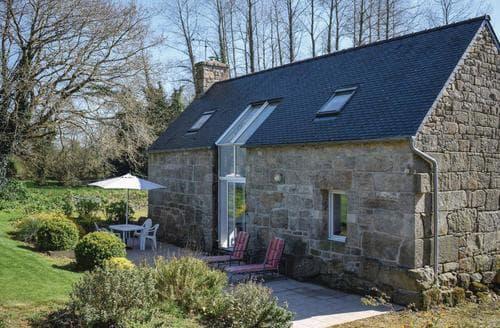 Last Minute Cottages - Lannion
