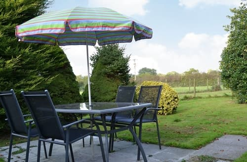 Last Minute Cottages - Ty Clyd - HW7657