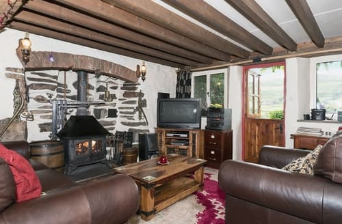 Last Minute Cottages - Ewe Tree Cottage