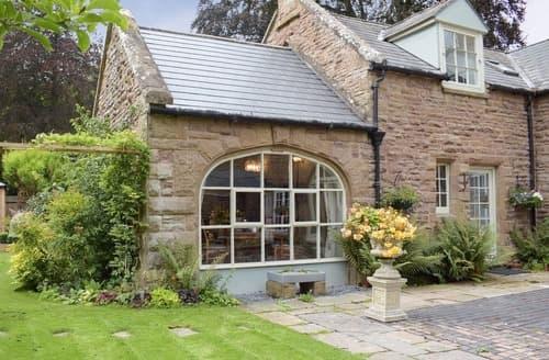 Last Minute Cottages - Coachman's Cottage