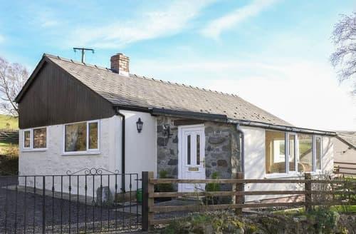 Last Minute Cottages - Cwm Bychan