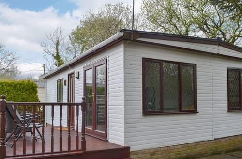 Last Minute Cottages - Josnor Chalet