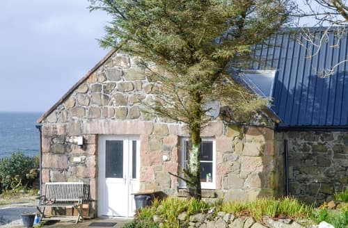 Last Minute Cottages - The Old Dye House