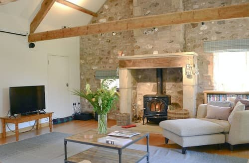 Last Minute Cottages - Longknowe Barn