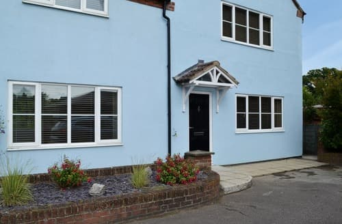 Last Minute Cottages - South View Annexe