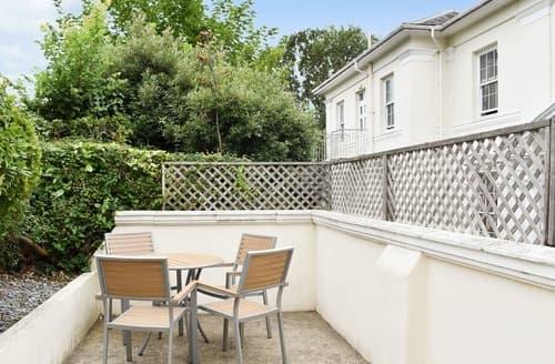 Last Minute Cottages - Apartment 2-UK12360