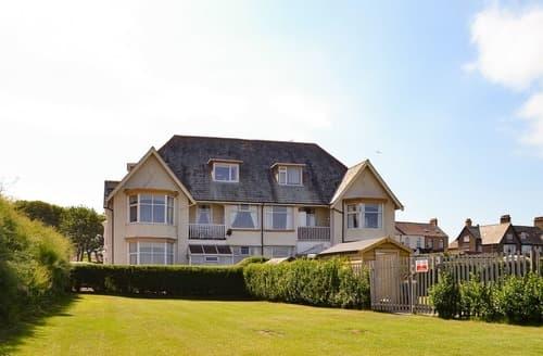 Last Minute Cottages - Seaview Loft