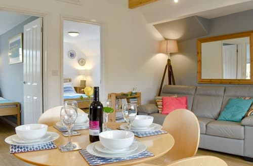 Last Minute Cottages - Purbeck Apartment