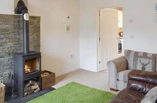 Last Minute Cottages - Cuckoo Hill View
